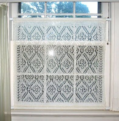 Free Knitting Patterns For Lace Curtains : 53 best images about Crocheted Window Treatments on Pinterest Valance curta...