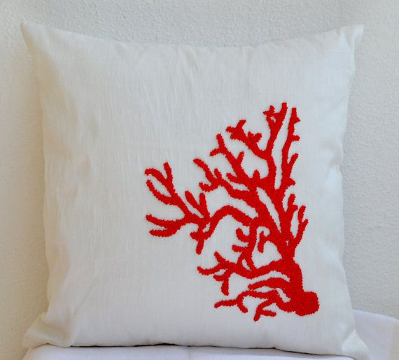 Best 25+ Red decorative pillows ideas on Pinterest Teal decorative pillows, Farmhouse ...