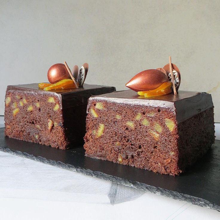 387 отметок «Нравится», 47 комментариев — Diana Ozolina (@dianas_delights) в Instagram: «Grand Marnier Chocolate Cake with Orange Candied peel and Black Raisins by Sadaharu Aoki #recipe ⬇️…»
