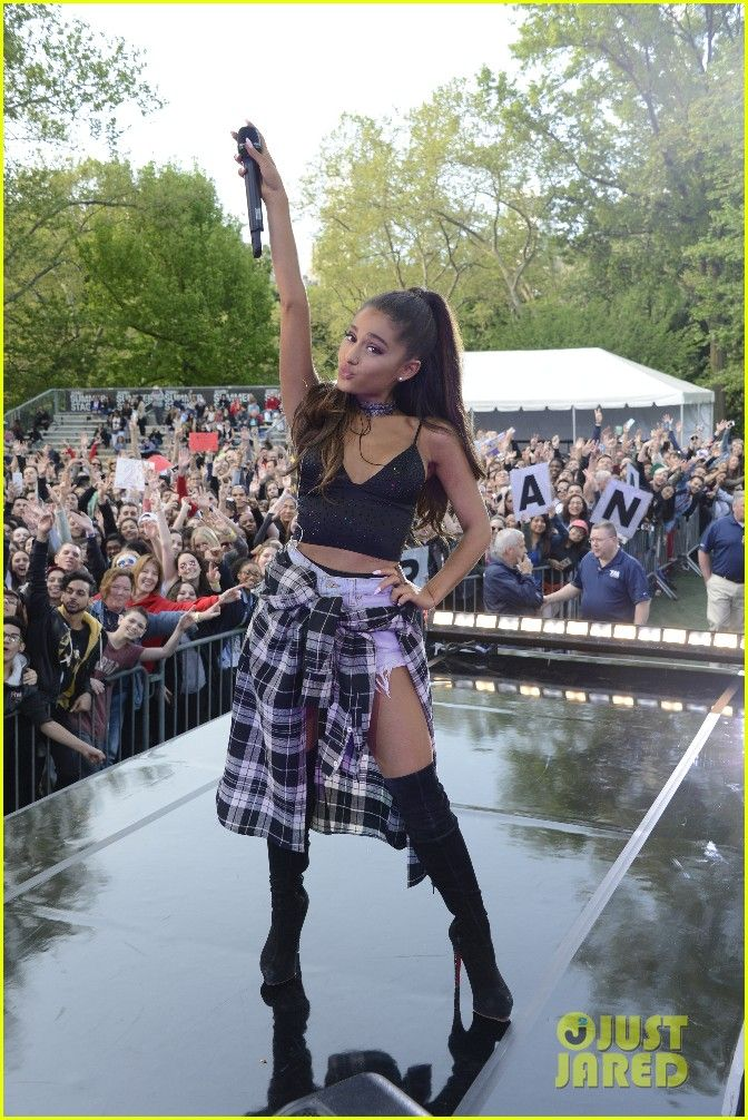 ariana grande gma summer concert series three songs performances 01