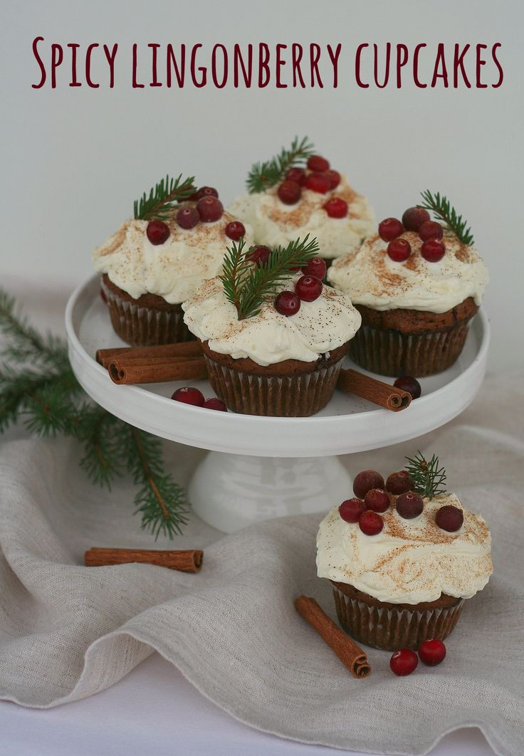 Spicy lingonberry cupcakes