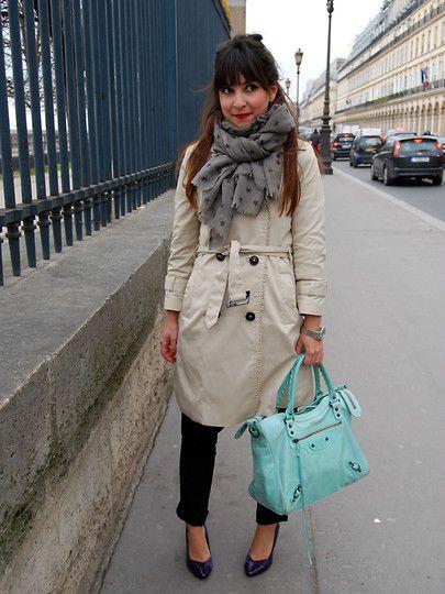 Valentine Hello - Petite Mendigote Wool Scarf, H&M Trench Coat, Balenciaga Vélo, H&M Purple Heels - Mercredi, rue de Rivoli