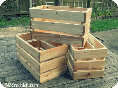 NZ Ecochick: Pallet crates. Make some of these for my coffee table