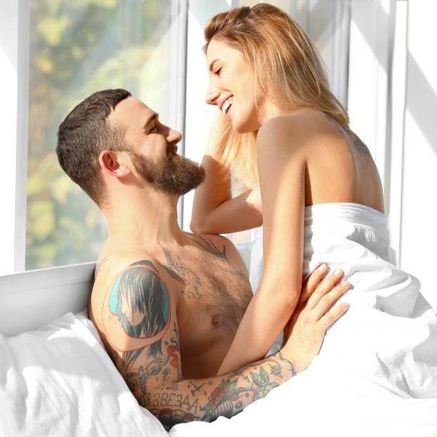 Wenn man uns Frauen fragen würde, was den Partner zu einem guten Lover macht – uns würden mindestens 10 Dinge einfallen. Ob Männer diese Frage auch beantworten können? Ja, sie können!