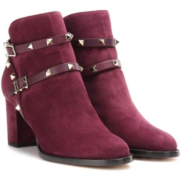 Valentino Rockstud Suede Ankle Boots (£1,025) ❤ liked on Polyvore featuring shoes, boots, ankle booties, purple, ankle boots, suede boots, bootie boots, valentino booties and suede bootie
