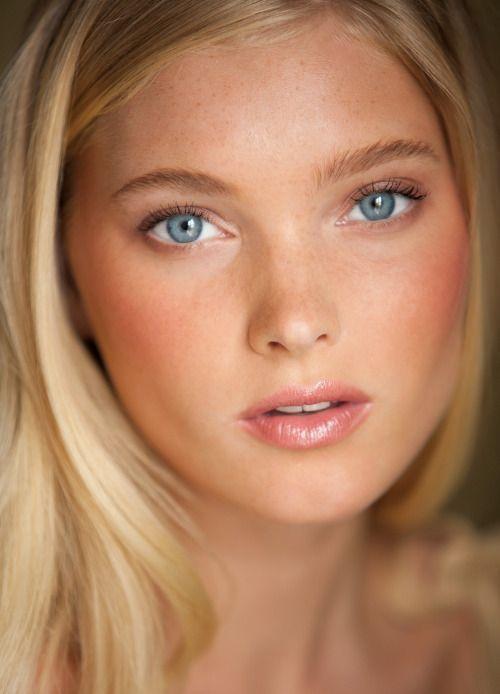 #Beleza pura!  Julie Myers