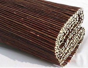 WILLOW-SCREENING-ROLL-Screen-Fencing-Garden-Fence-Panel-WOODEN-Outdoor-4m-Long