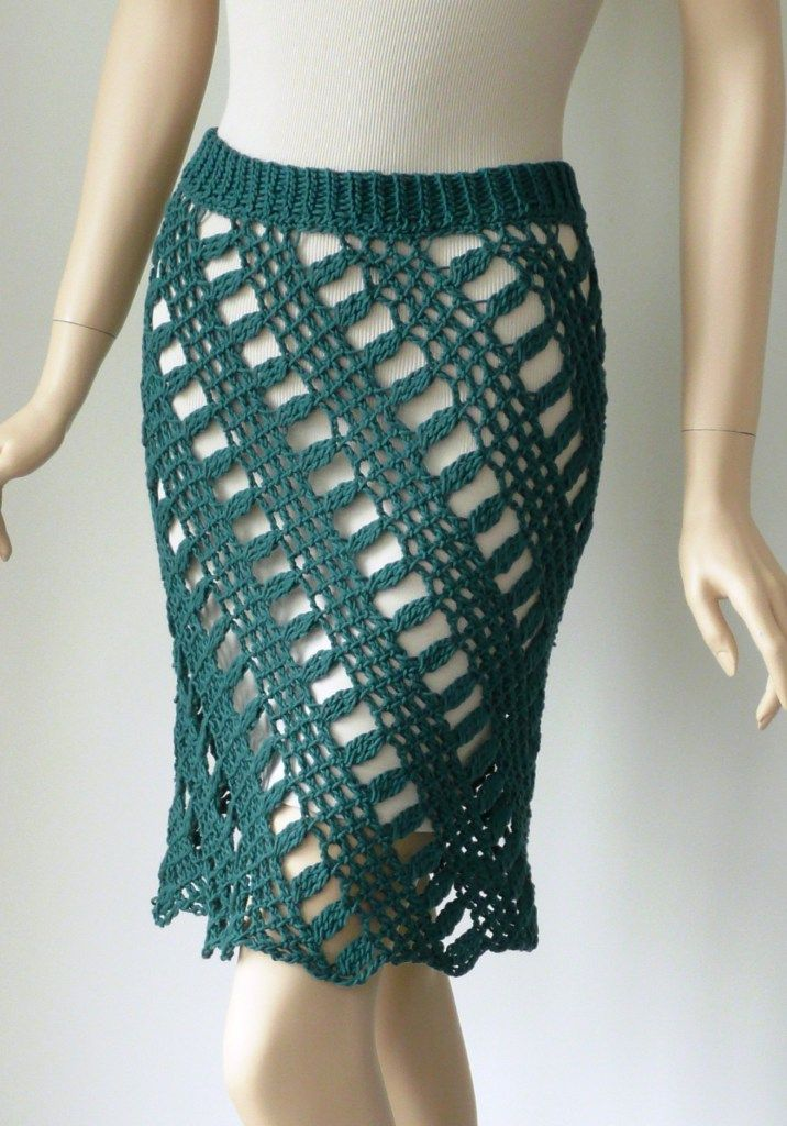 Shantay skirt by Doris Chan. Tunisian crochet that I want to try.