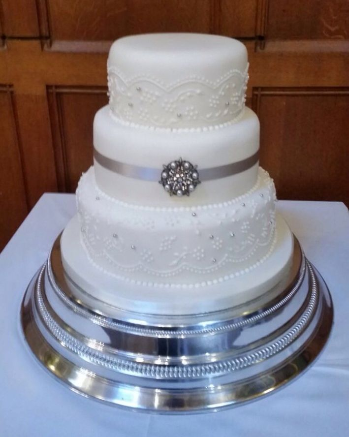 Elegant Royal Blue And White Wedding Cake Ideas Add Orchids 3 Tier