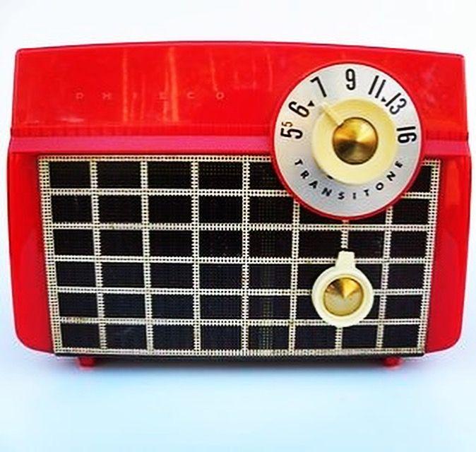 Saturday Music #rocknroll #rootsrock #garagerock #americana #music #podcast #weekend #radio #saturdayfun #radio #albums #listen #tunein http://gritgrubgrindradio.podbean.com/