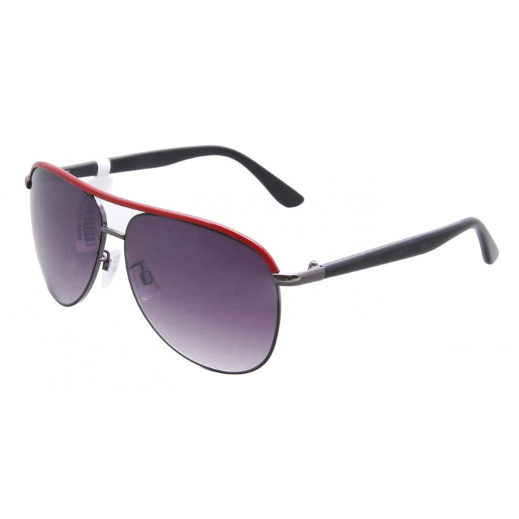 #LoveSunglasses: Gift these beautiful sunglasses on V'day. Buy now to avail flat 17% discount.