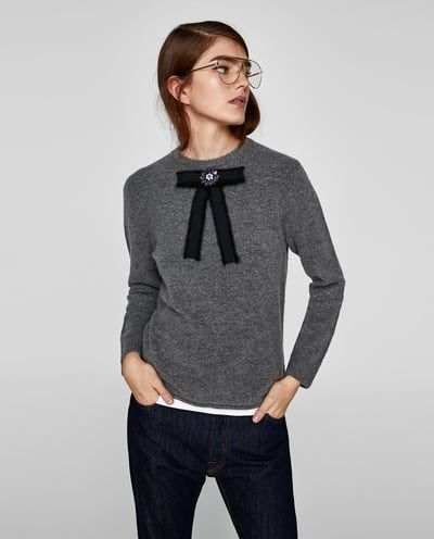 69d0f89353cc Add a black ribbon and a rhinestone brooch to your sweater. BOW APPLIQUÉ  SWEATER from Zara