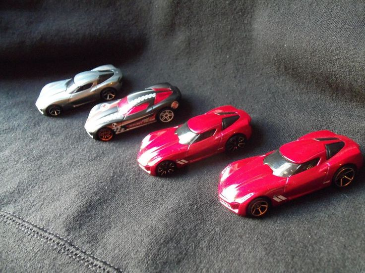 Hot Wheels 2009 Corvette Stingray Concept Set of 4 Loose Silver, Red FTE, Black…