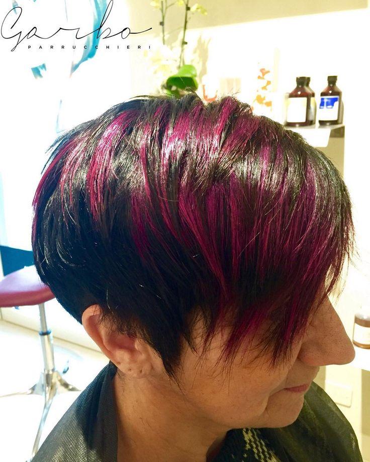 Laura tra le mille tonalità.. Ecco le migliori ! --- #slits #sfumatura #pink #fucsia #colorbar #colore #lucentezza #capelli #effettocolore #sfumatureneicapelli #nuovocolore #nuovo #moda #tendenza #colorazione #instahair #gropellocairoli #garlasco #vigevano #pavia #milano