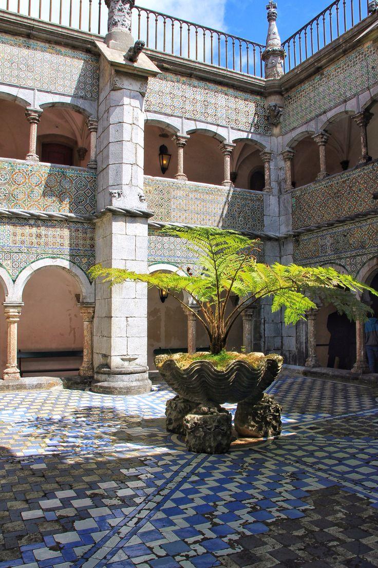 Pena Palace (Courtyard))