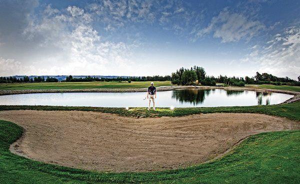 Ami il golf? In Sicilia puoi scegliere se giocare sul mare, nell'entroterra o in centro città...  Golf is your favorite sport? Sicily is the place          #yummysicily #golfinsicily