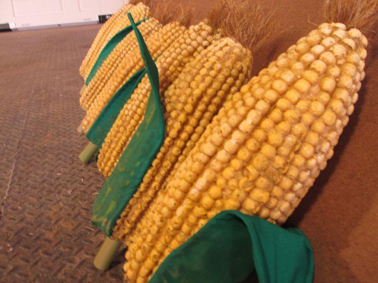 Corn props for 'Joseph and the Amazing Technicolor Dreamcoat' - Illumivation Studios