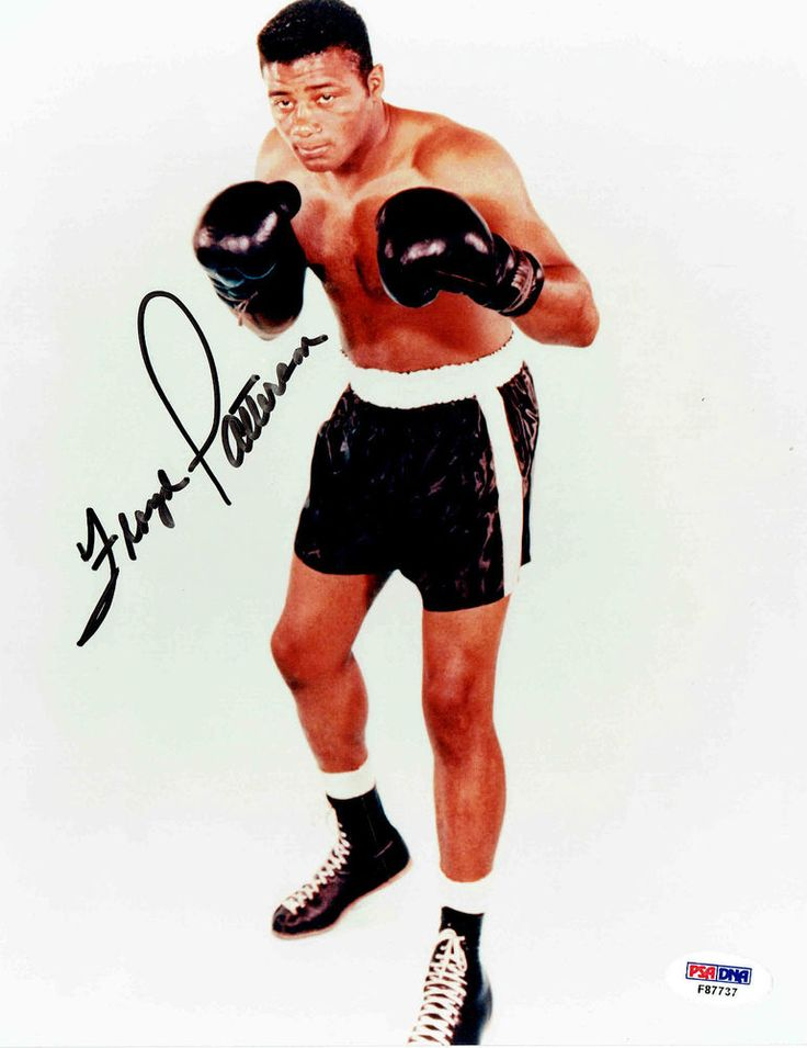 FLOYD PATTERSON Signed 8x10 photo PSA/DNA #F87737 boxing