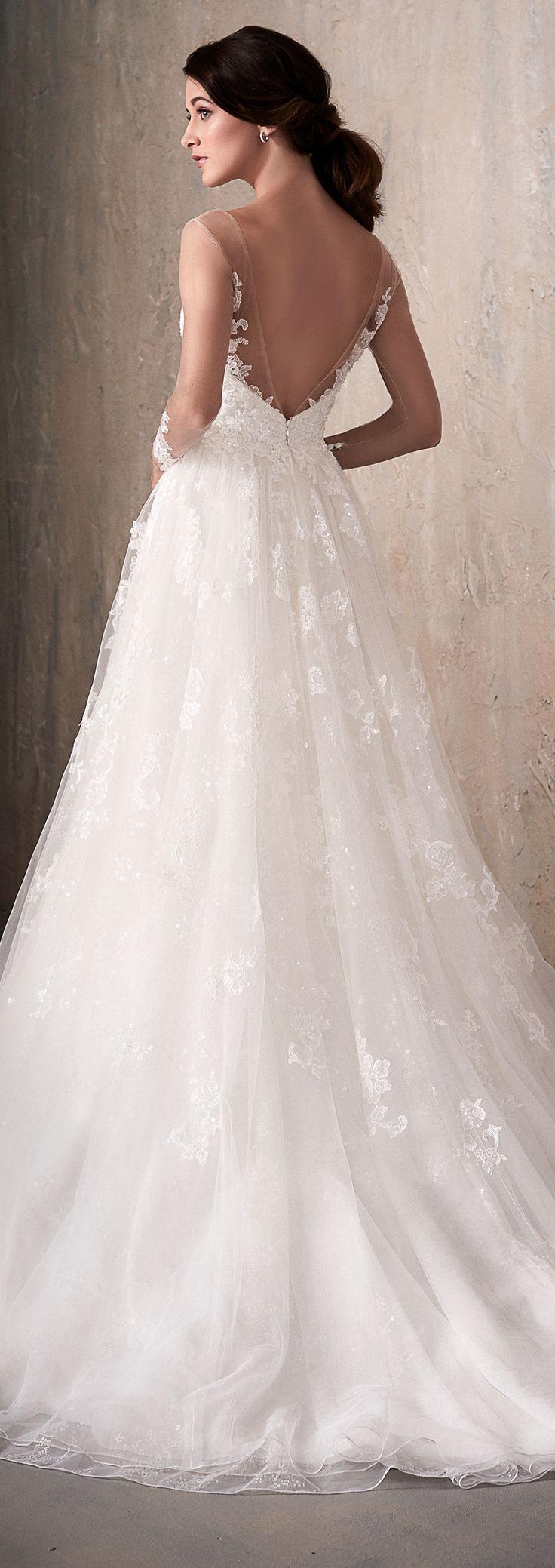 Lace Wedding Dress by Adrianna Papell Platinum   @HouseofWuBrands #AdriannaPapellPlatinum #AdriannaPapell #HouseofWu