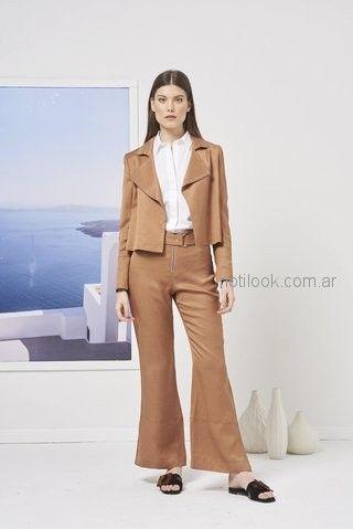 traje para mujer blazer y oxford Calandra primavera verano 2019 ... 13c542e4d522