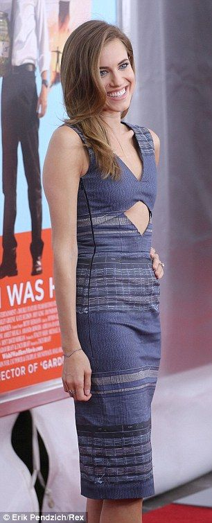 She's blue: Allison Williams arrived in a printed blue dress with a keyhole detail