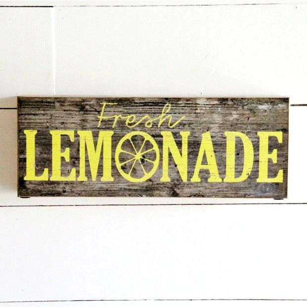 "Barn Board ""Fresh Lemonade"" Wall Art"