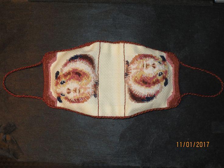 marsu neulakirja - Quinea-pig needlebook