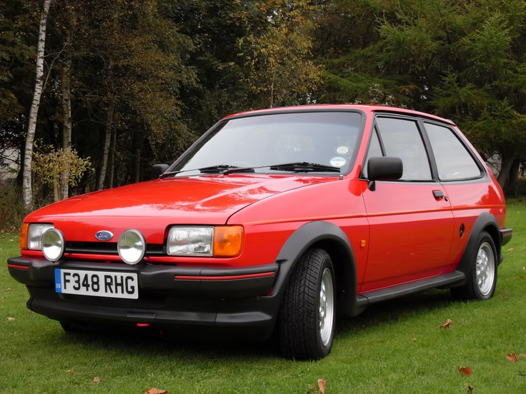 Ford fiesta xr2 red