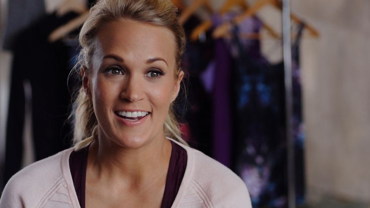 Carrie Underwood Shows the Exact Workout Move Behind Her Post-Baby Abs in Latest Activewear Campaign?Take a Look!   E! Online Mobile