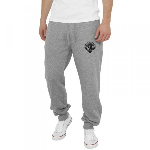 Gorilla Sports collegehousut, 29,95 €. Collegehousut Gorilla Sports logolla vasemmassa reidessä. Täydellisen rennot treenihousut! Kiristysnauha vyötäröllä, taskut. #collegehousut #housut #treenihousut