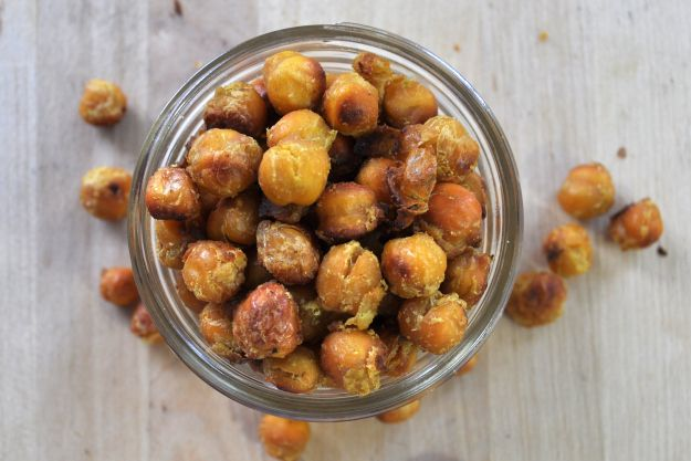 Roasted Thai Curry Chickpeas