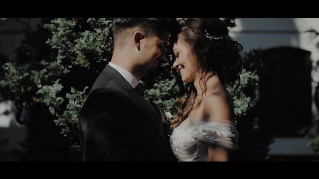 Beautiful Raluca Bridal Bride on her Wedding day - Hairpiece available on etsy https://www.etsy.com/listing/511486981/bridal-hair-vine-hairpiece-accessory?ref=shop_home_active_6