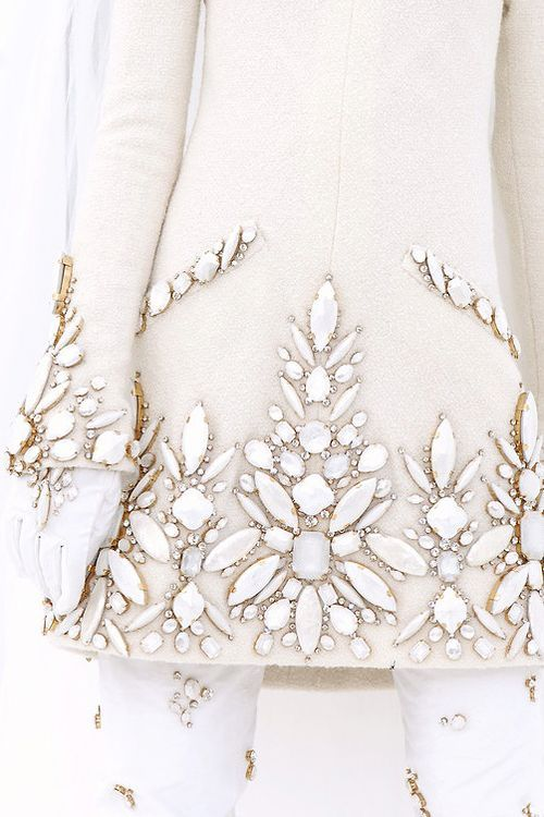 Chanel Couture Fashion Show & More Details- this has always been my favorite chanel piece