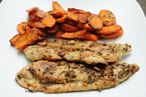 Balsamic Chicken: Chicken Dinners, Chicken Carrots, Recipes Chicken, Baking Balsamic Chicken, Carrot Recipes, Balsamic Chicken Recipes, Carrots Recipes, Easy Recipes, Chicken Breast