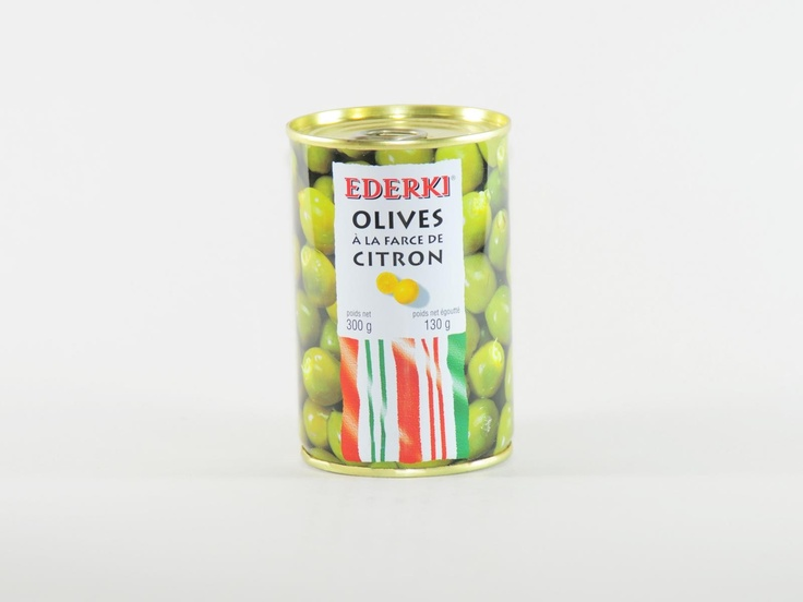 Die Manzanilla Oliven eignen sich aufgrund ihrer Form besonders für Füllungen und wurden hier mit einer feinen und schmackhaften Zitronenfarce gefüllt. Die gefüllten Oliven sind ein wunderbarer Begleiter zum Aperitif.