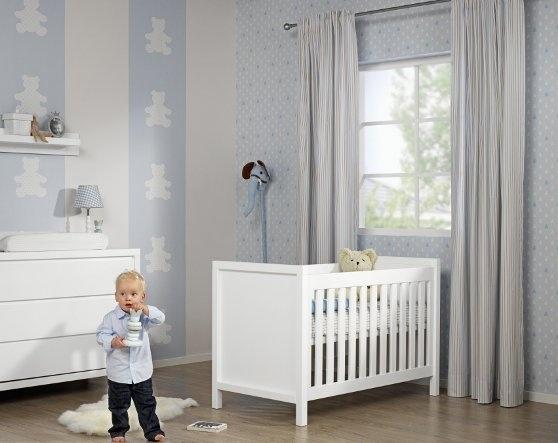 Poikavauvan huone