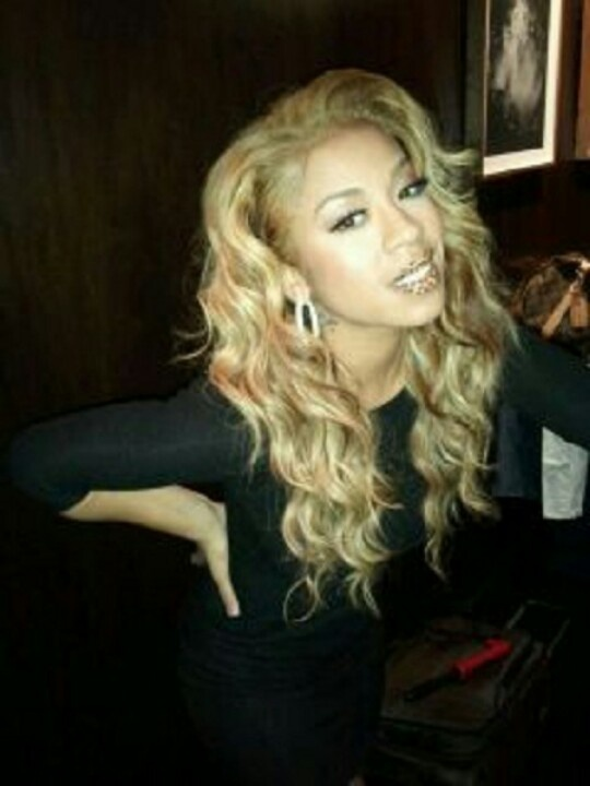 I love Keyshia Cole's hair like this