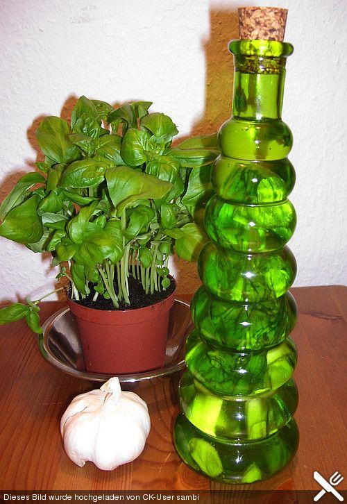 Basilikum - Knoblauchöl                                                       …