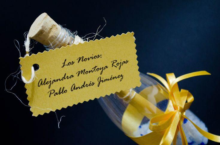 Como hacer una invitacion botella para boda, quinceaños, comuniones, bau...