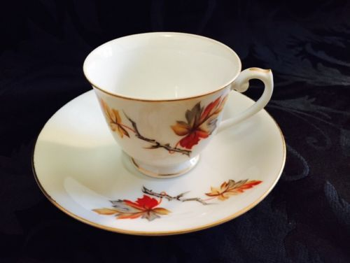 Craftsman-China-GOLDEN-AUTUMN-Pattern-Footed-Demitasse-Cup-Saucer