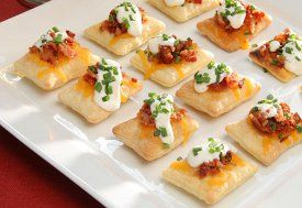 Bacon and Cheddar Puff Pastry Crisps | RecipeLion.com