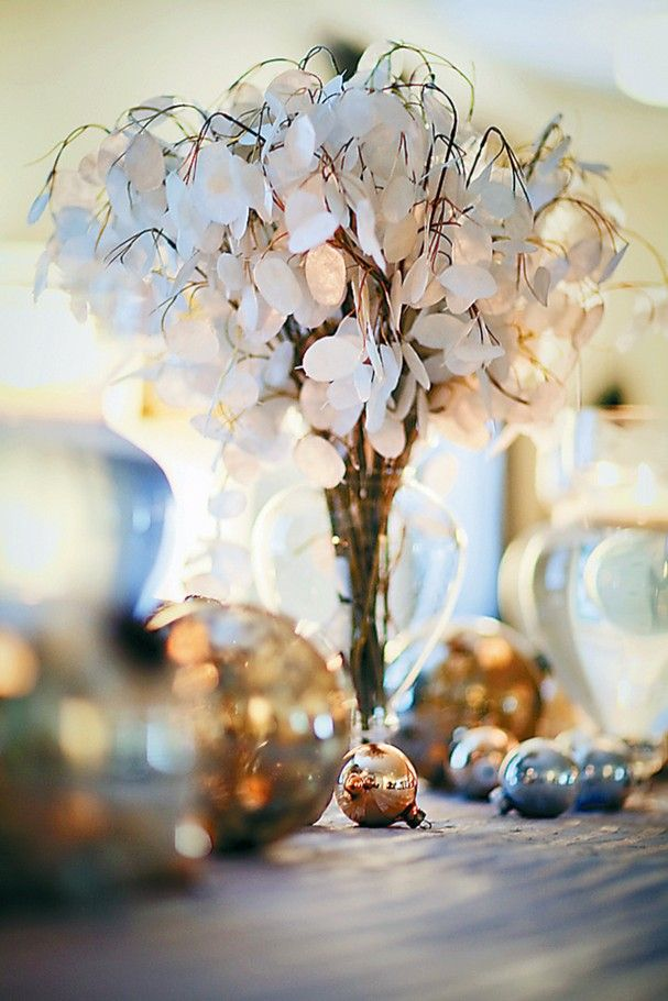 17 Best Images About Lunaria Bouquet On Pinterest Coins Centerpieces And Non Floral Centerpieces