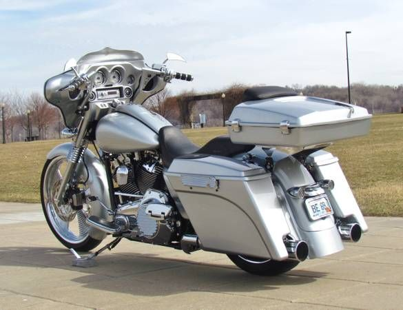 - 2010 HD Street Glide Custom Bagger 23 Wheel (NKC)-4