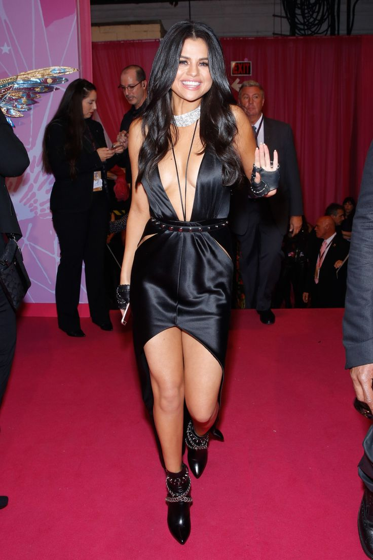 1000 Images About Selena Gomez Victoria Secret 2015 On Pinterest Red Carpets Selena And
