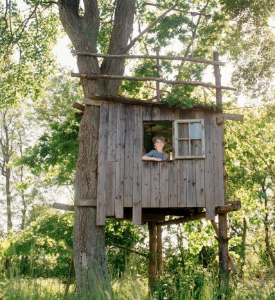 Simple tree house images galleries for Treehouse designers