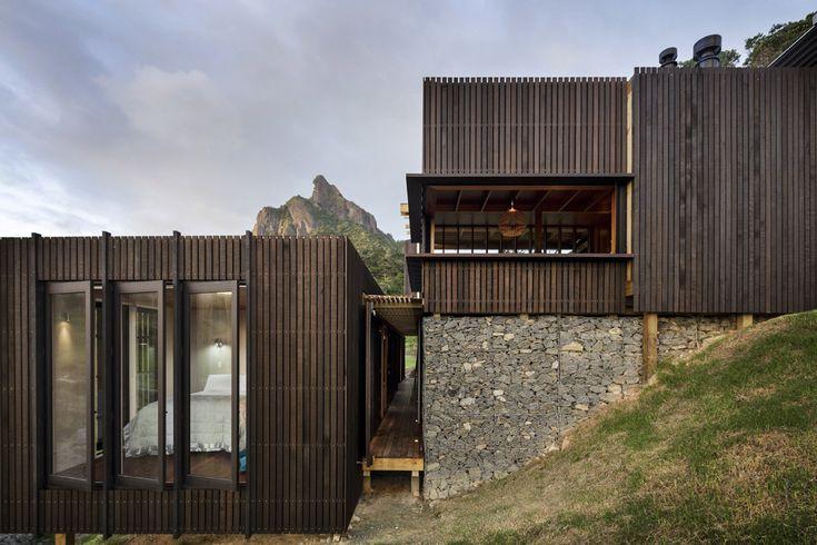 Herbst Architects, Castle Rock Beach House, Castle Rock, Whangarei Heads, New Zealand