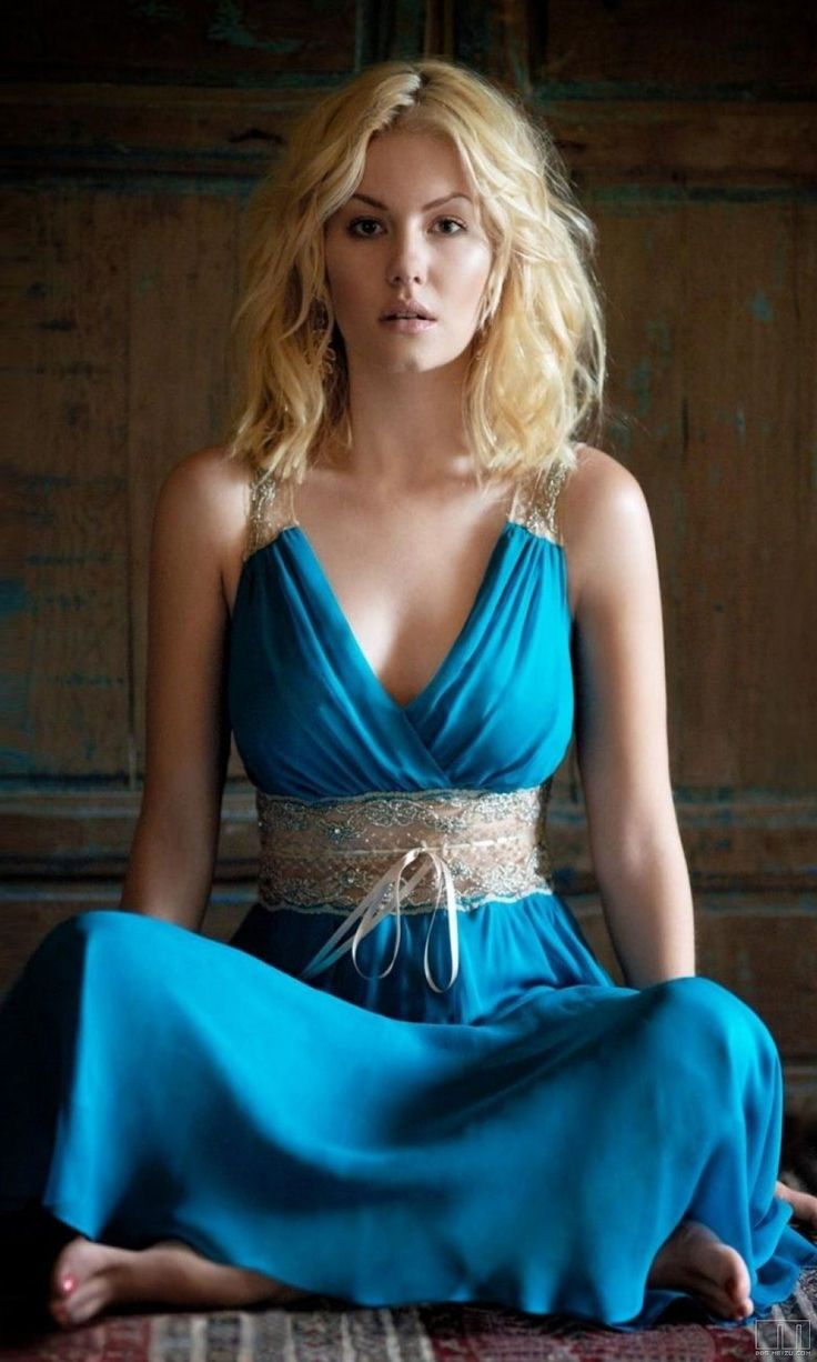 elisha cuthbert - this dress is so beautiful.