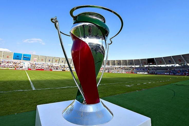 La llave entre Monarcasy Cruz Azul se jugará el martes 4 de abril a las 19:00 horas en el Estadio Morelos, mientras que Monterrey recibirá a Chivas el miércoles 5 ...
