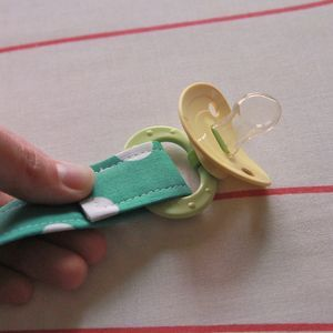 DIY Pacifier Clips - Must make before the next time we travel with the boys!