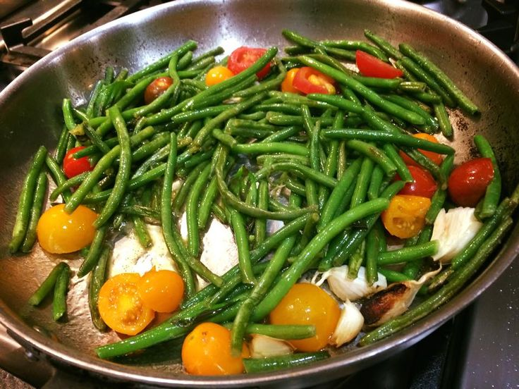 Sunday At the Giacometti's: Fagiolini Saltati in Padella (String beans,tossed, skillet style)